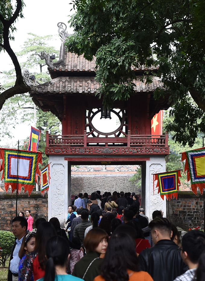 Its long been a tradition among Hanoians to visit the Temple of Literature to have meaningful words written for them in calligraphy asking for good luck for the year ahead.