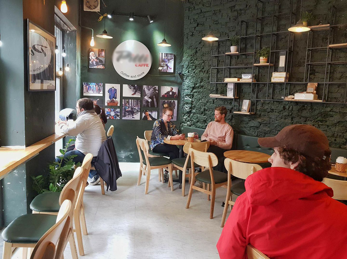 Pitti, HanoiThe coffee shop  on Quan Thanh, Ba Dinh District, drew many customers who sought a peep  of the Lunar New Year fireworks on Thursday night. It opens until  midnight during the holiday, serving drinks for VND20,000-50,000,  including the special egg coffee that comes in ellshells.
