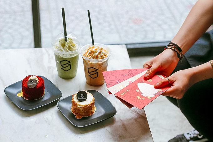 SNOB, SaigonThe two-story shop on Tran Hung Dao, District 1, is another stop for sweet tooths.