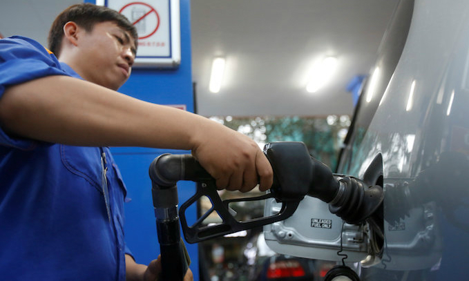 Vietnam plans to increase environment tax on petroleum products
