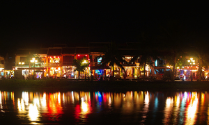 Vietnamese resort town Hoi An tells bars to tone it down, close by midnight