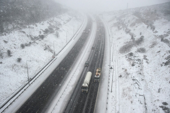 Baby born on British roadside after snow blocks hospital dash
