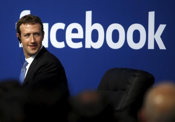 Facebook ends test that split News Feed in two in six countries