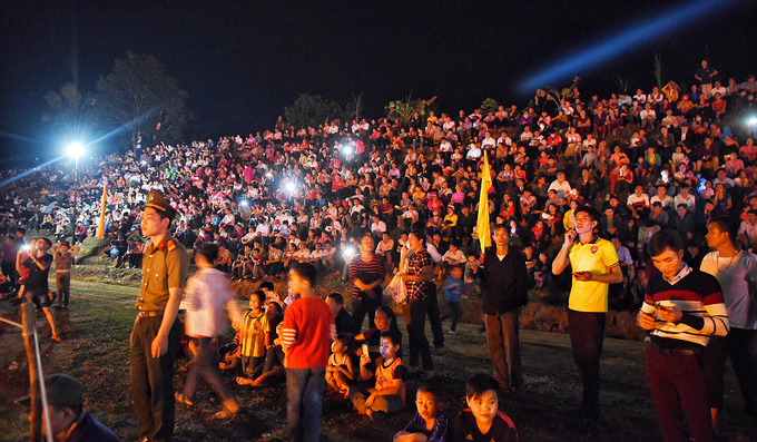 This year, the festival attracted a crowd of about 10,000 people, both locals and visitors.Once dismissed as superstitious and banned by the Vietnamese authorities, the fire dance is now performed publicly and is listed as intangible cultural heritage by the government.