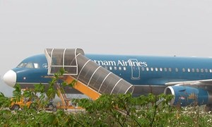 Mental patient sneaks onto Vietnamese aircraft without ticket