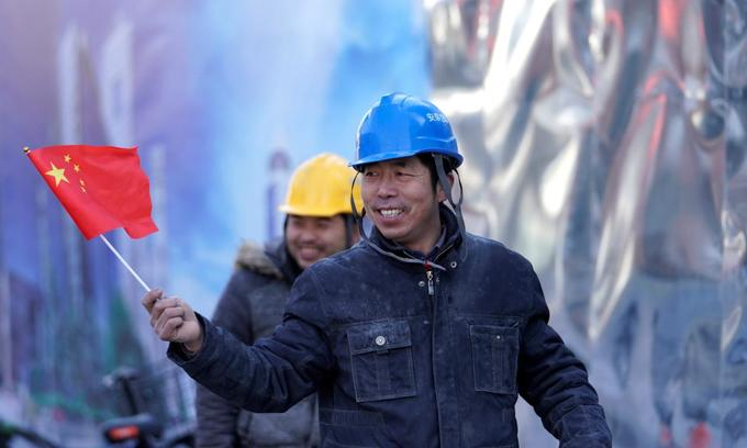 China keeps growth target of around 6.5 percent this year