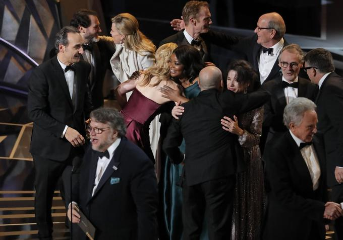 'Shape of Water' takes best picture Oscar; Oldman, McDormand are best actors