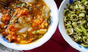 8 must-try dishes to give you a true taste of Hue
