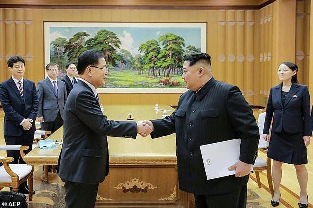 Kim Jong Un and Seoul envoys discuss possible inter-Korean summit