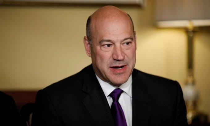 Trump economic adviser Cohn quits after tariffs dispute