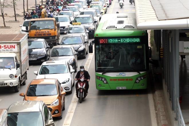Hanoi abandons plans for second rapid bus route