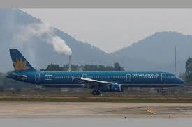 French passenger dies on flight from Hanoi to Paris