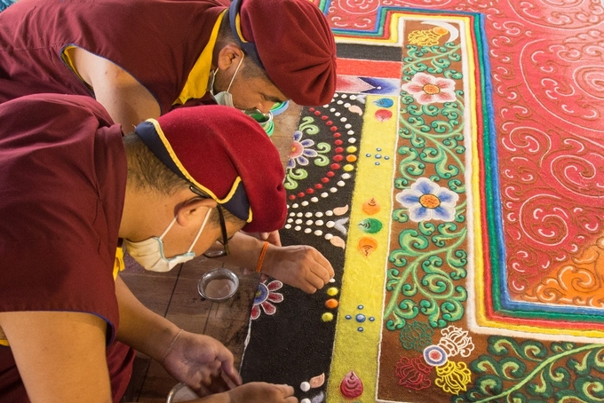 The massive mandala, which will officially be recognized as the largest in Vietnam by the Vietnam Record Association this Friday, is crafted entirely by hands.