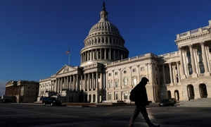 US Congress struggles to meet deadline for government funding bill
