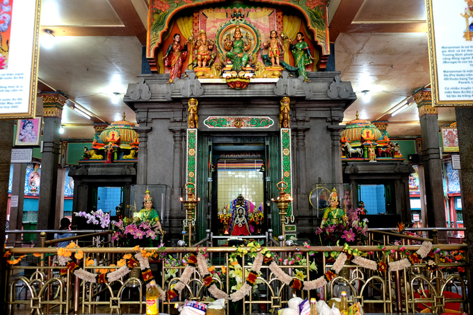The hall of this temple is for ceremonial offerings and other rituals. A bigger statue of Mariamman, the goddess of rain.
