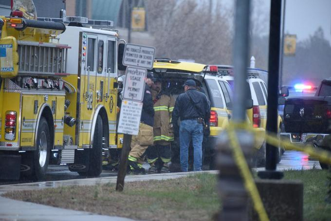 Gunman dead, 2 students injured in Maryland school shooting
