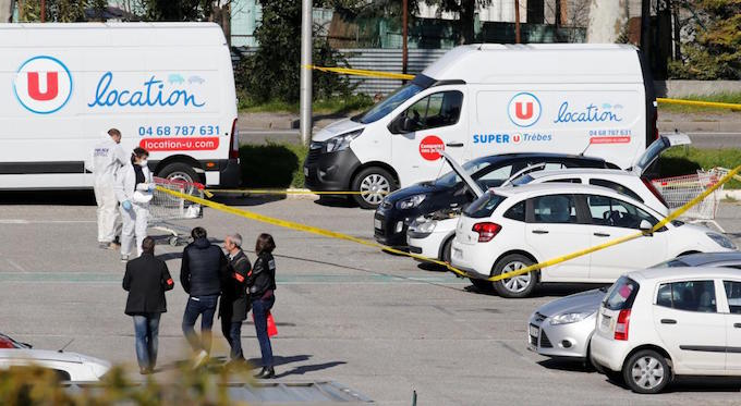 Islamist gunman attacks French supermarket, kills three
