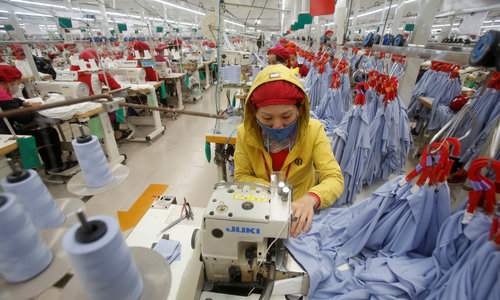Vietnamese women outnumbered by men in top management roles: report