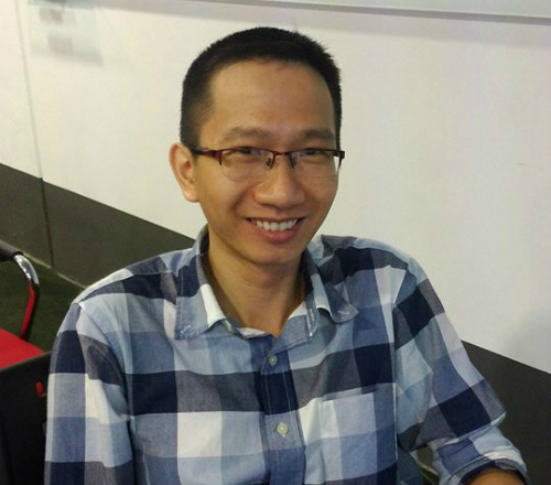 Nguyen Van Quang Huy in a photo posted on the Facebook page of Holistics Software.