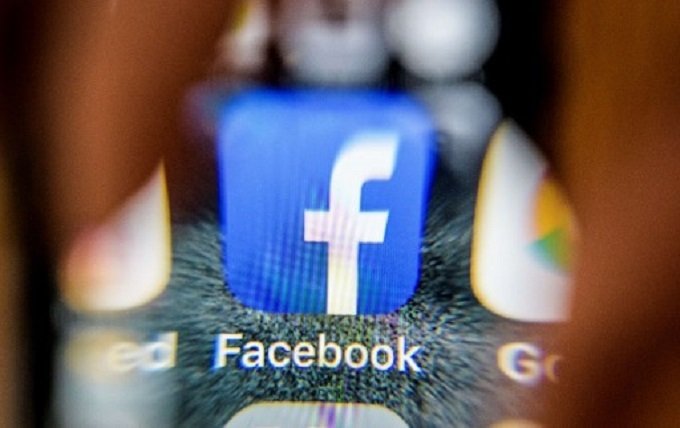 Facebook cuts ties to data brokers in blow to targeted ads