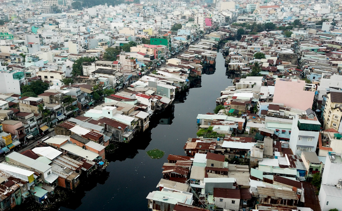 ADB wades in to rescue Ho Chi Minh City's flood prevention efforts