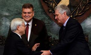 In Cuba, Vietnam Party chief advocates economic reforms