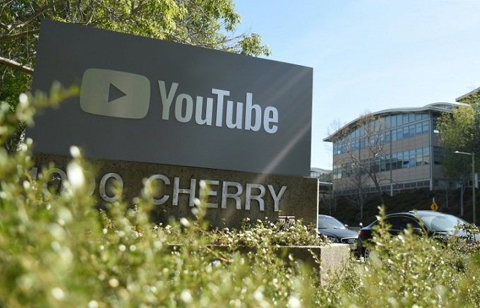 A sign at YouTube headquarter, where the shooting happened. Photo by AFP/Josh Edelson