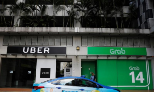 Post-Uber: How Vietnamese taxi firms plan to take on Grab