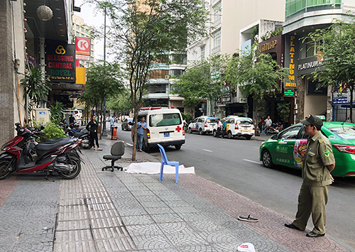 Australian man falls to death from Saigon hotel