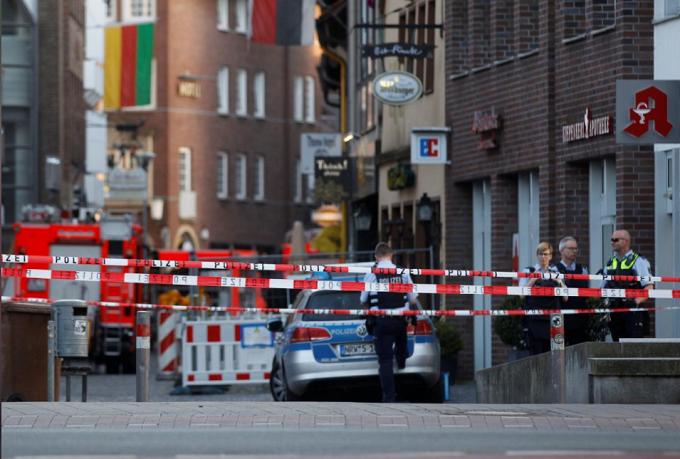 Man drives van into restaurant in Germany, killing three