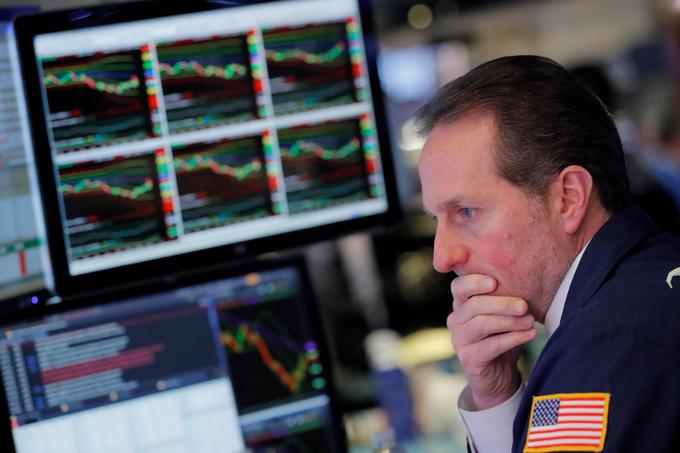 Vietnam stocks hit record, SE Asia gain as US stock futures climb