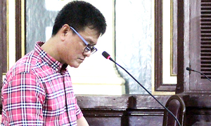 Corrupt customs officer gets 12 years behind bars in Ho Chi Minh City