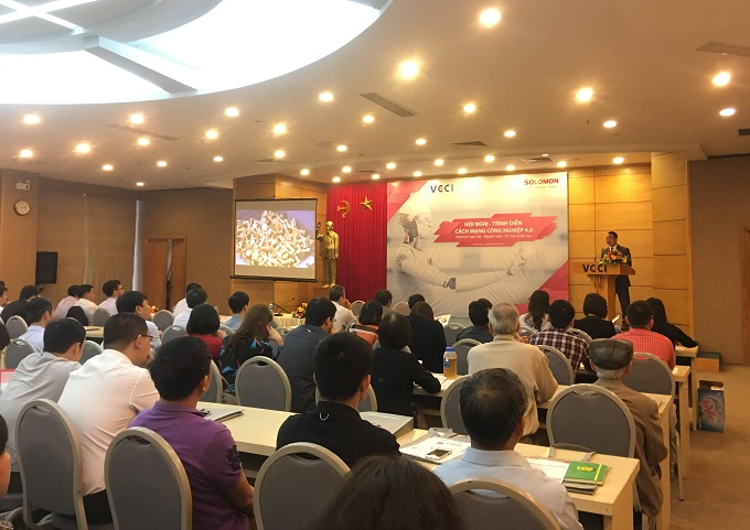 The event aimed to provide technological solutions to Vietnamese firms. Photo by VCCI