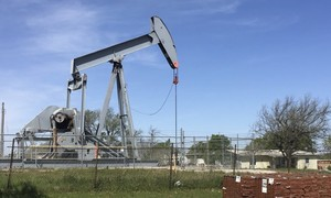 Oil markets tense on Middle East crisis, but rising US supplies weigh