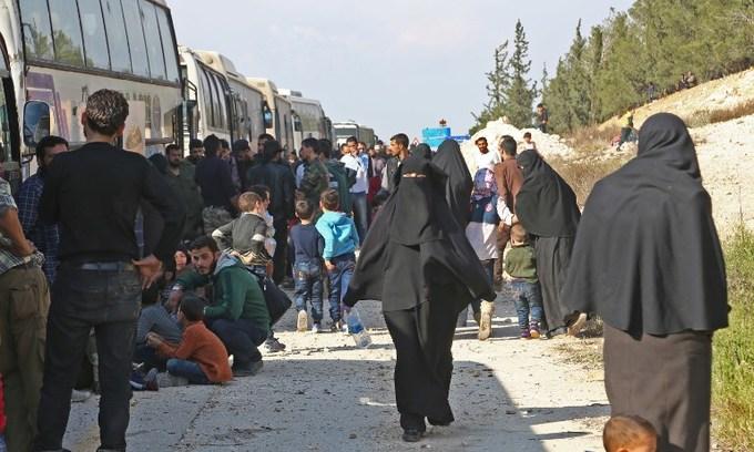 Huge blasts heard in Syria's capital