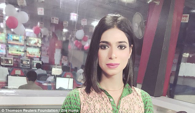 Transgender news anchor challenges barriers in conservative Pakistan