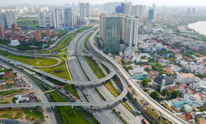 Vietnam PM pushes work on long-delayed metro lines in Saigon
