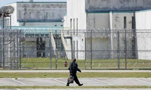 Seven killed in deadliest US prison riot in 25 years