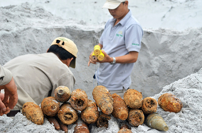 War-ravaged Vietnamese province receives $10 mil from Norway for mine clearance