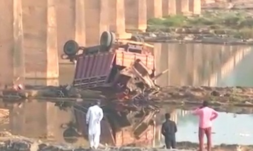 21 killed in India as truck carrying marriage party falls off bridge