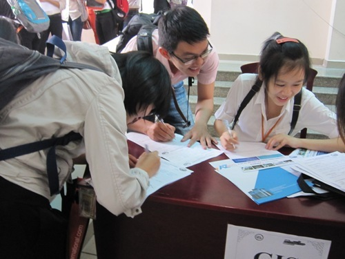 With bigger paycheck in sight, millennials lead job hopping trend in Vietnam
