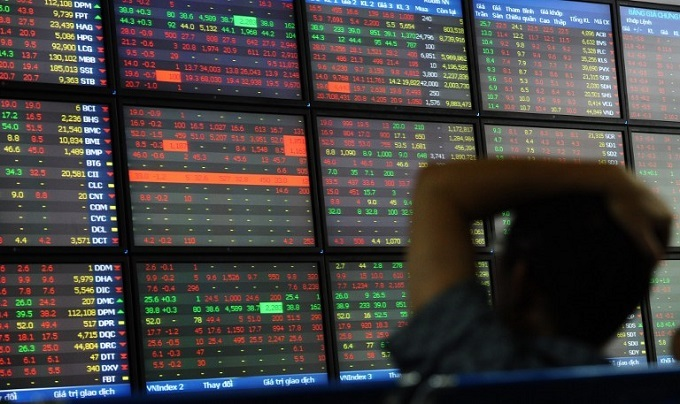 Vietnam stock market plunges nearly 4 pct to two-month low