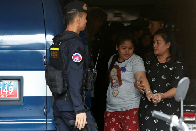 Cambodia police arrest 119 Chinese over telecoms fraud