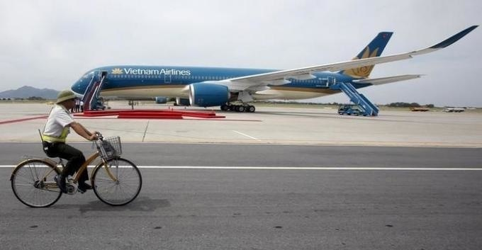 Vietnam Airlines considers creating cargo unit to boost revenue