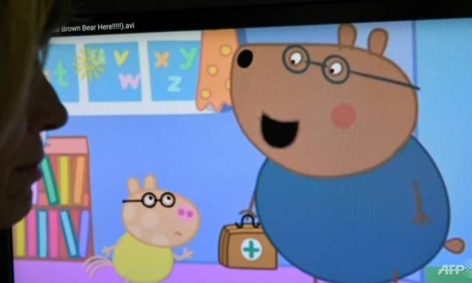 China gives 'subversive' Peppa Pig the chop