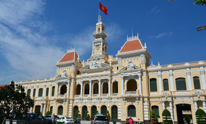 HCMC tightens control of overseas travel for officials