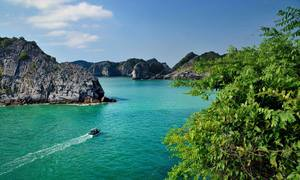 Thrillist urges tourists to explore Vietnam's two most beautiful beaches
