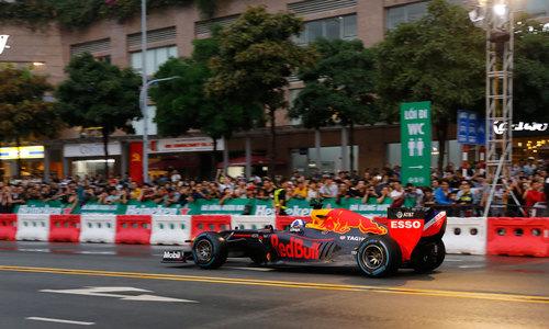Formula One race makes debut in Vietnam