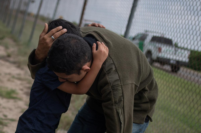 US says it will separate families crossing border illegally