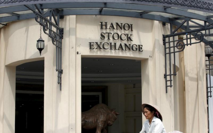 Vietnam stock valuations seen as pricey after IPO binge